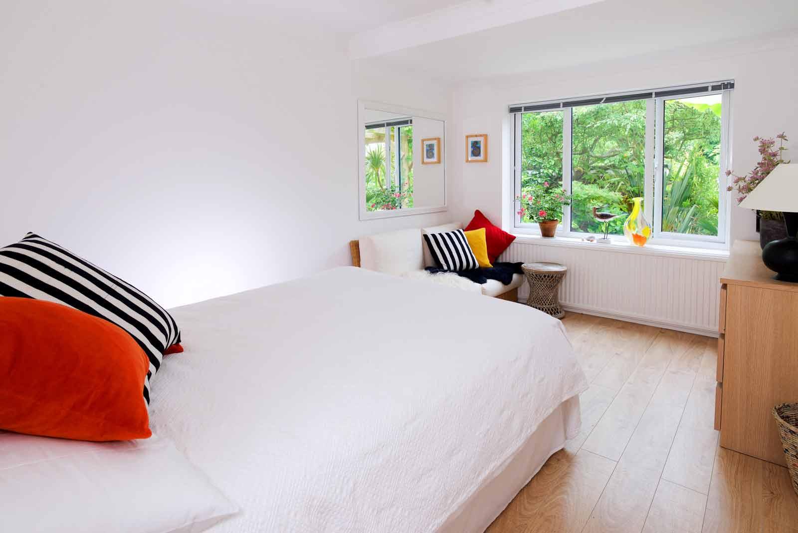 Lulworth House B&B Garden Room