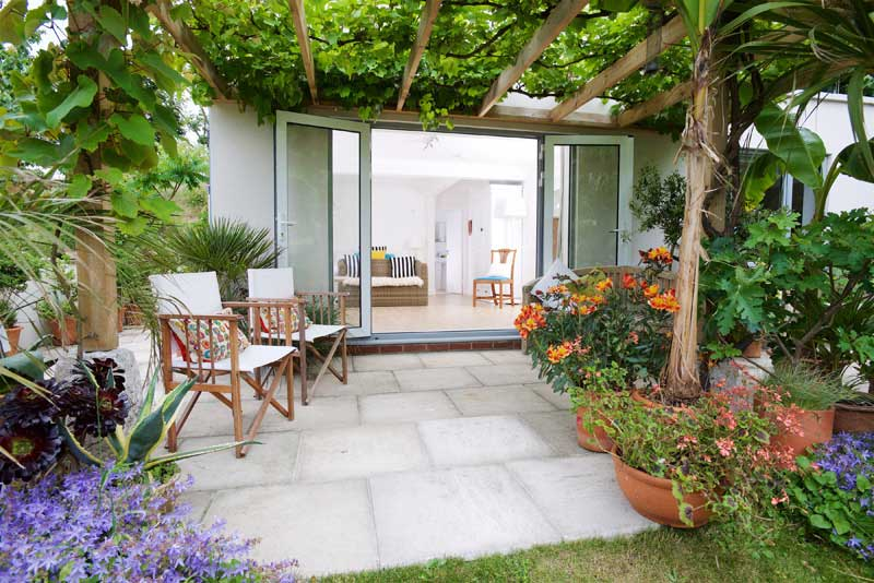 Lulworth House B&B Terrace